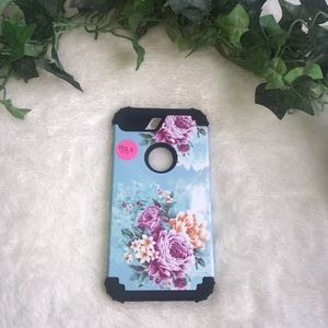 Accessories - iPhone 7+/8+ floral protective case